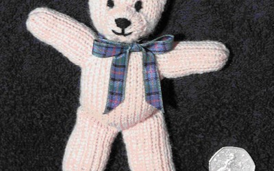 Fin Bear. Hand Knit Pattern.